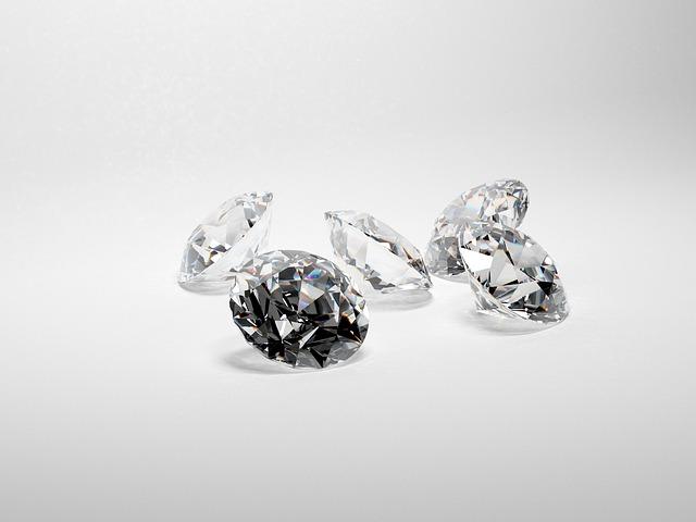 5 הדרכים הטובות ביותר לרכוש יהלום